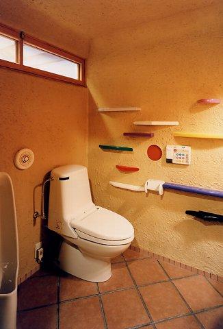 トイレの小棚